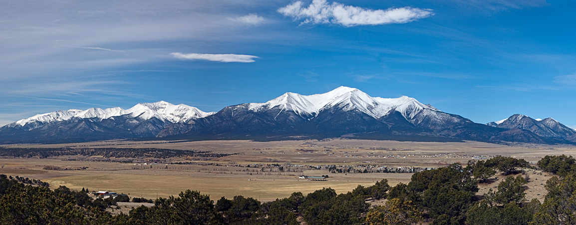 Panoramic view to the west of the Collegiate Peaks from near Rt. 285 and Buena Vista, Colorado, USA